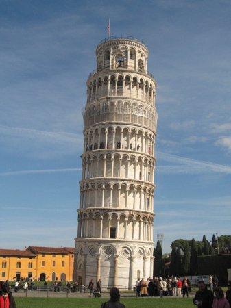 Пизанская башня (фото)